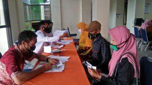 Penyaluran BLT DD Kecamatan Mojogedang